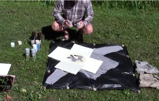 Check out 4 Ways to Make Camouflage at Home at https://survivallife.com/diy-camouflage/