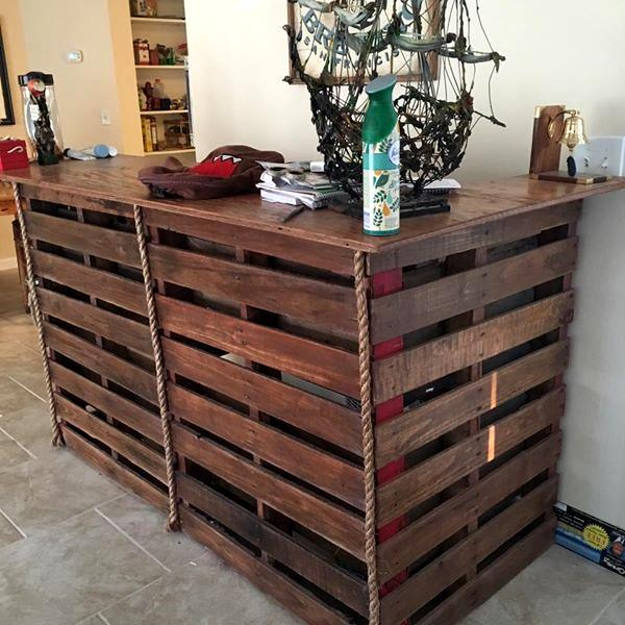 DIY Bar Made Out Of Shipping Pallets | 13 Ways To Build A Badass Man Cave