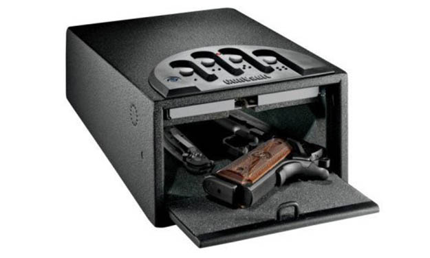 20 Firearm Safety Tips by Survival Life at http://survivallife.com/2015/05/11/20-firearm-safety-tips/ ‎