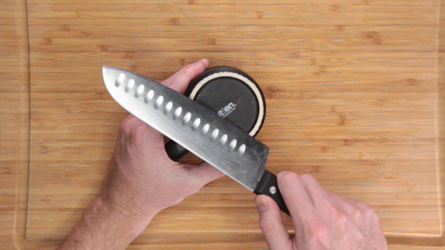 Learn How to Sharpen a Knife Without a Sharpener Coffee Mug