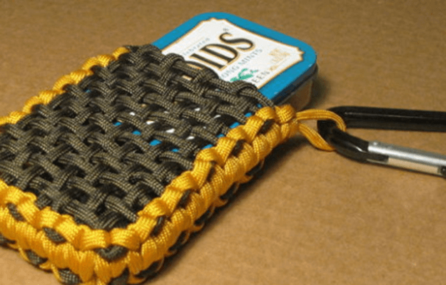 Paracord Survival Tin Pouch | 36 Awesome Paracord Projects For Preppers