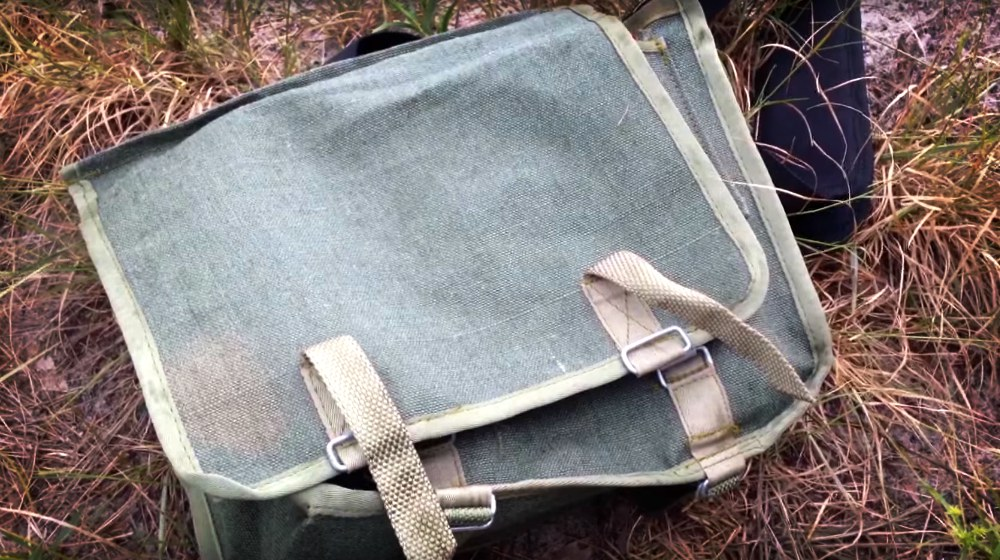Feature | Make a Polish Army Bread Bag Kit